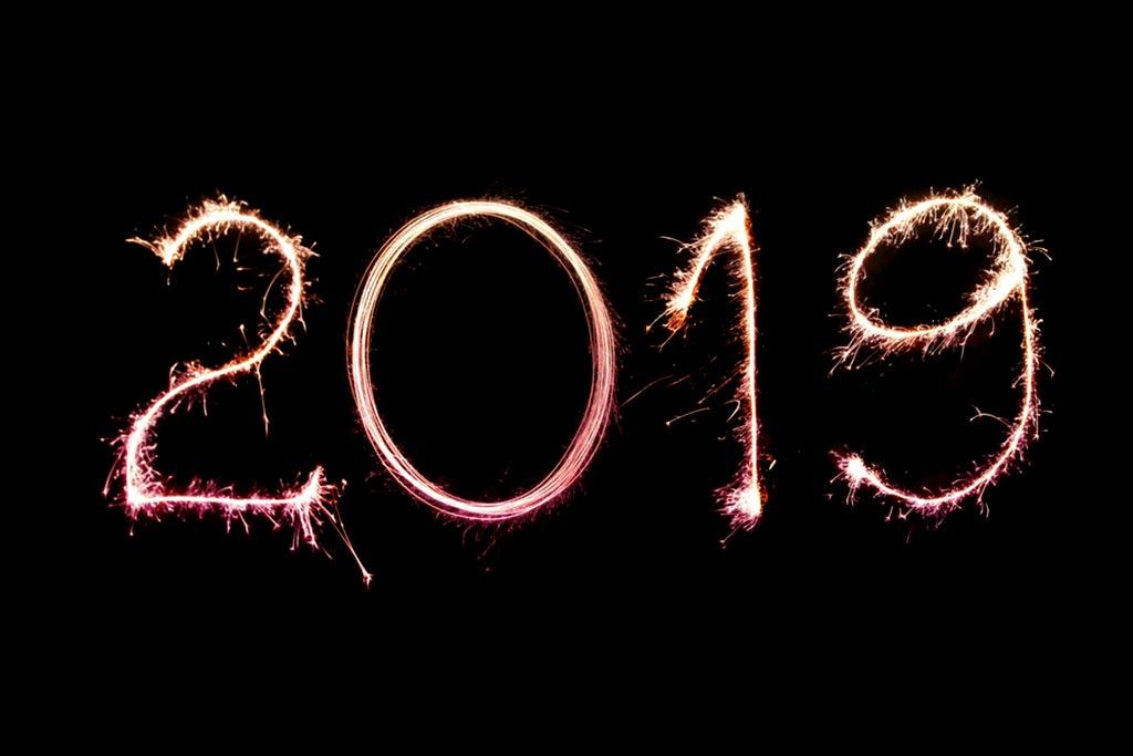 feliz año nuevo - audifonos audiotechno - comprar audifinoss - audifonos valencia - audifonos madrid - audiotechno