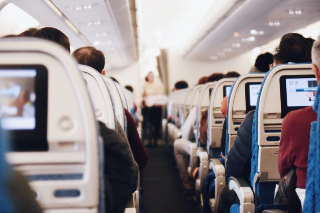 consejos para viajas en avión para sordos
